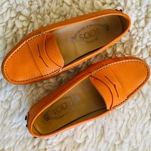 Tod's Orange Gommini Driving Loafers  sz4.5